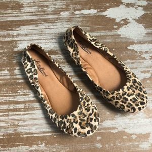 Lucky Brand Emmie Flat in Cheetah Leopard Sz 7